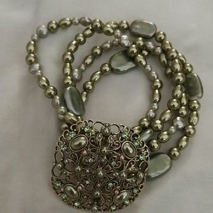Beautiful 4 layer bracelet in great condition
